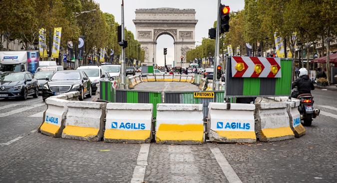 Signalisation Champs Elysées